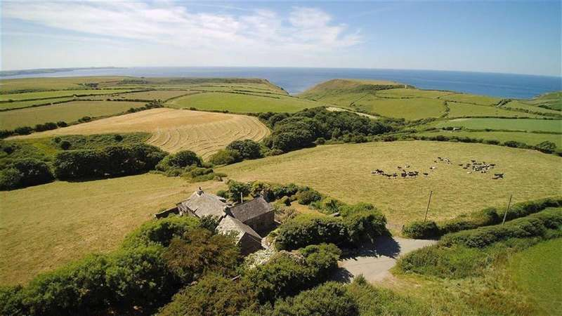 4 Bedrooms Detached House for sale in Trebarwith, Nr Delabole, Cornwall, PL33