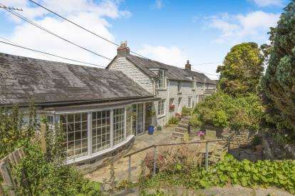 3 Bedrooms Semi Detached House for sale in St Kew, Bodmin, Cornwall