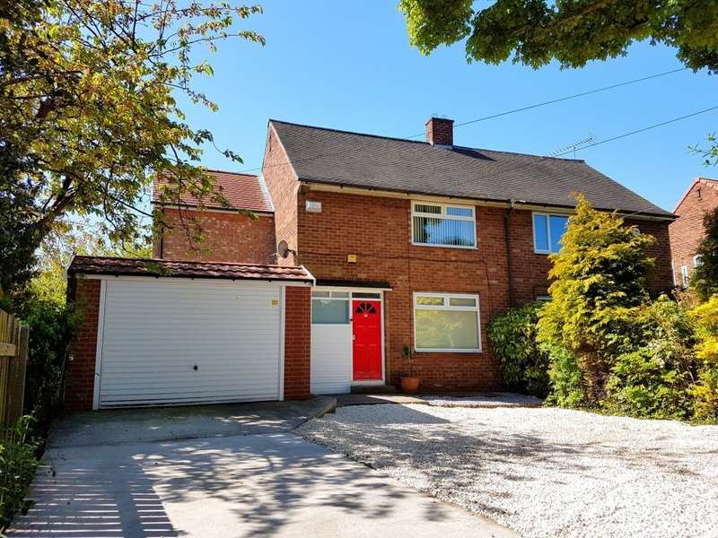 3 Bedrooms Semi Detached House for sale in Saltshouse Road, Hull, HU8