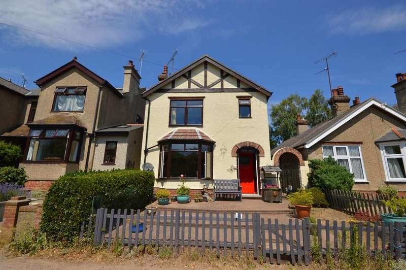 3 Bedrooms Detached House for sale in Bourne Road, Colchester
