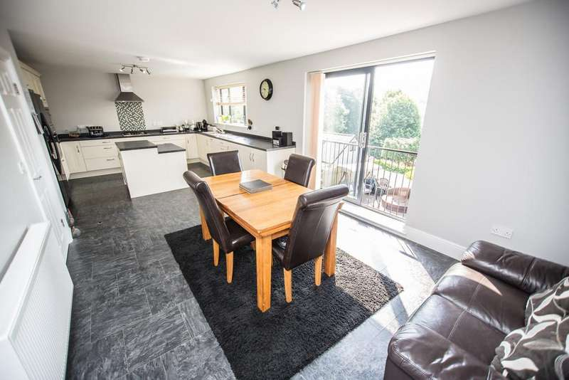 4 Bedrooms Detached House for sale in Liberty Road, Sheffield