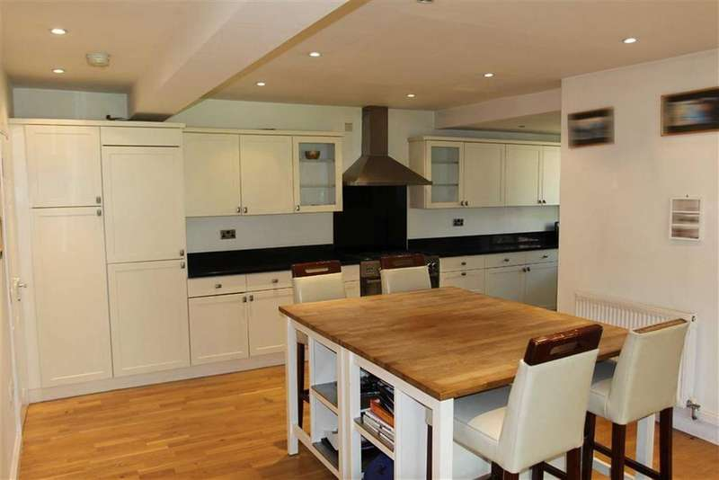 4 Bedrooms Semi Detached House for sale in Cone Lane, Stoneygate, Leicester