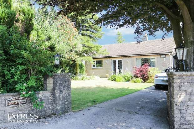 3 Bedrooms Detached Bungalow for sale in Sterndale Close, Litton, Buxton, Derbyshire