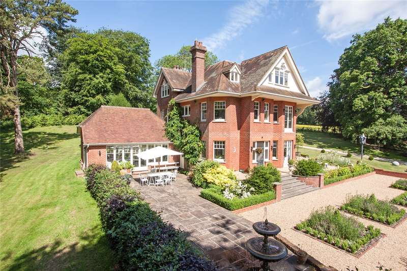 6 Bedrooms Detached House for sale in Kitcombe Lane, Farringdon, Alton, Hampshire, GU34