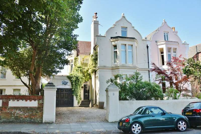 6 Bedrooms Semi Detached House for sale in Merton Road, Southsea