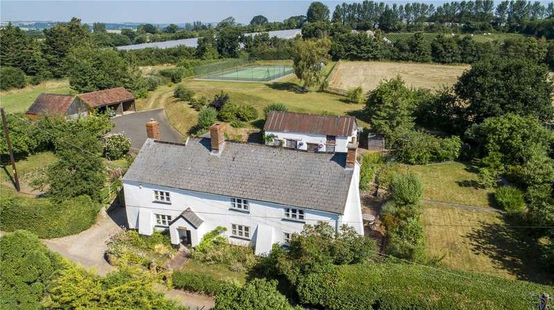 5 Bedrooms Detached House for sale in East Nynehead, Wellington, Somerset, TA21