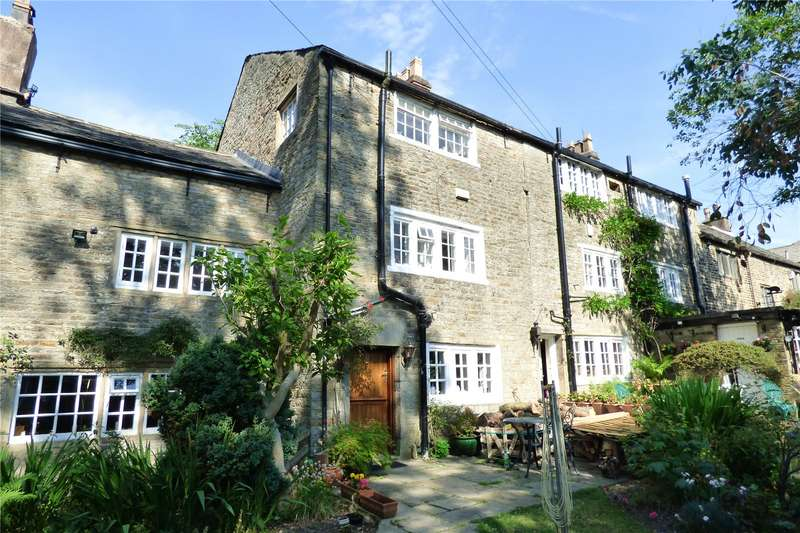 3 Bedrooms Terraced House for sale in Staley Road, Mossley, Ashton-under-Lyne, Greater Manchester, OL5