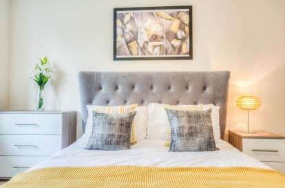 4 Bedrooms Detached House for sale in Moorbrooke, 12 Silverbirch Close, Hartshill, Nuneaton