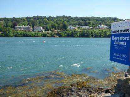 2 Bedrooms Detached House for sale in Beach Road, Menai Bridge, Anglesey, United Kingdom, LL59