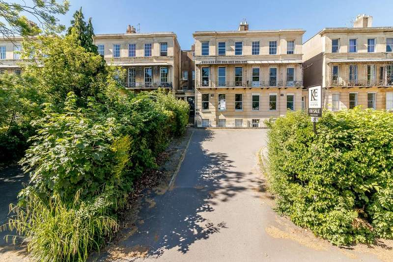 5 Bedrooms Terraced House for sale in Lansdown Place, Cheltenham, Gloucestershire, GL50