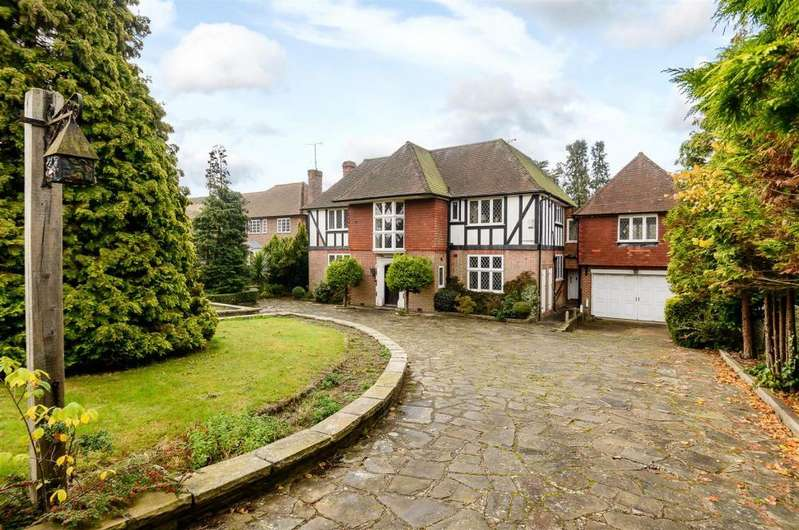6 Bedrooms Detached House for sale in Cockfosters Road, London EN4 0JS