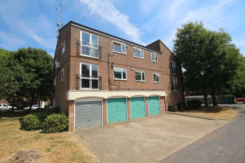 2 Bedrooms Apartment Flat for sale in Ladybank, Bracknell