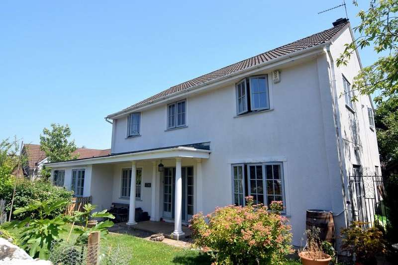 4 Bedrooms Detached House for sale in The Village, Burrington