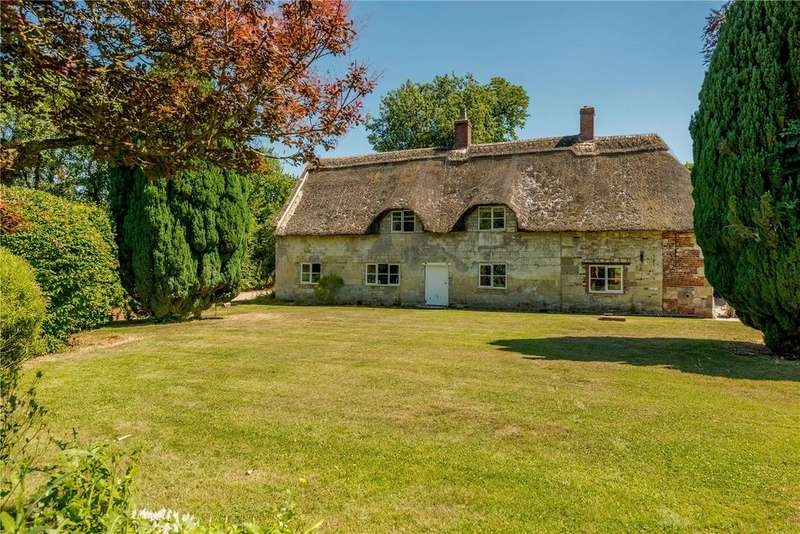 4 Bedrooms Detached House for sale in Shorts Mead, Alvediston, Salisbury