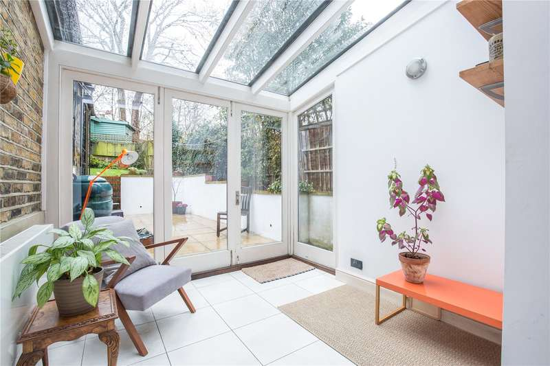 2 Bedrooms Apartment Flat for sale in Brecknock Road, Tufnell Park, London, N19