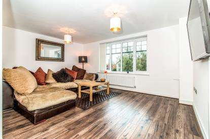 3 Bedrooms Terraced House for sale in Martingale Court, Manchester, Greater Manchester