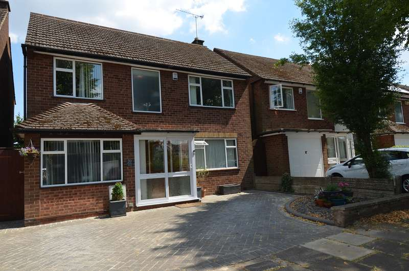 3 Bedrooms Detached House for sale in Stanley Road, Kings Heath, Birmingham, B14