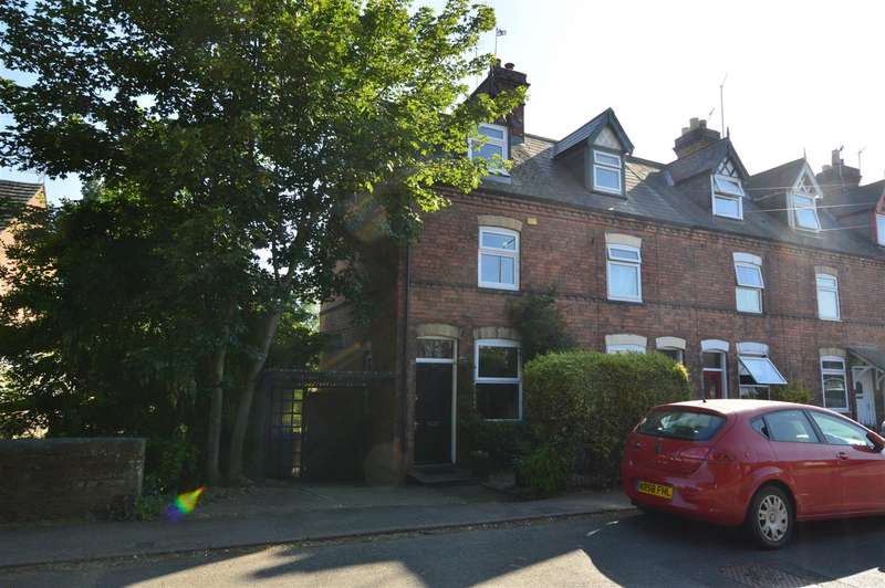 3 Bedrooms Detached House for sale in Sileby Road, Barrow Upon Soar, Loughb...