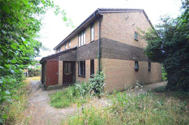 Apartment Flat for sale in Beech Lane, Lower Earley, Reading