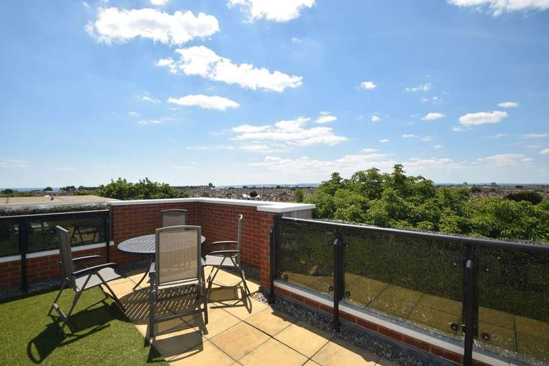 2 Bedrooms Flat for sale in Gisors Road, Southsea, PO4