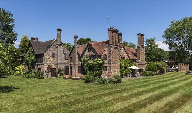 7 Bedrooms Detached House for sale in Horsham Road, Capel, Dorking, Surrey, RH5