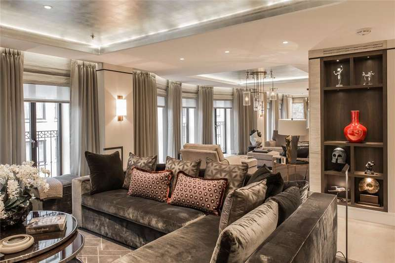3 Bedrooms Flat for sale in Ryger House, 11 Arlington Street, St James's, London, SW1A