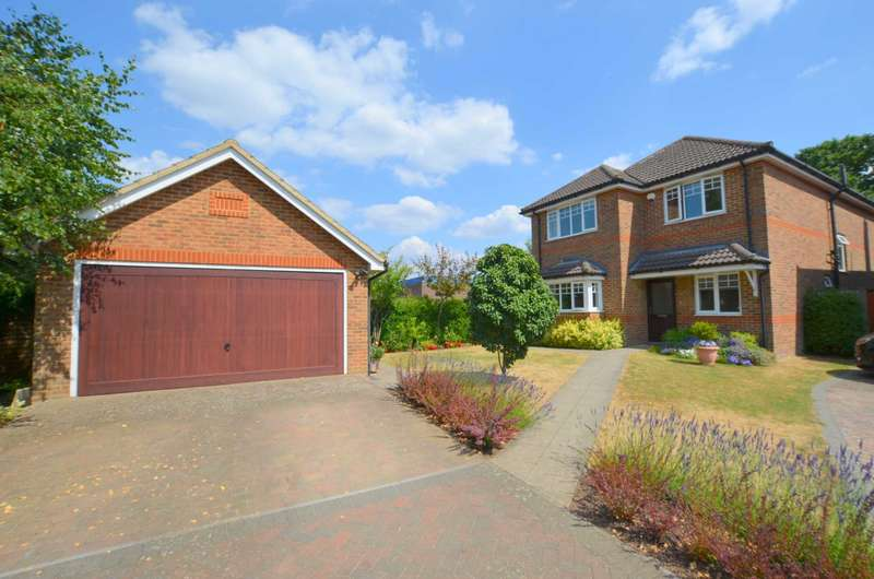 4 Bedrooms Detached House for sale in Cheyne Mews, Chesham