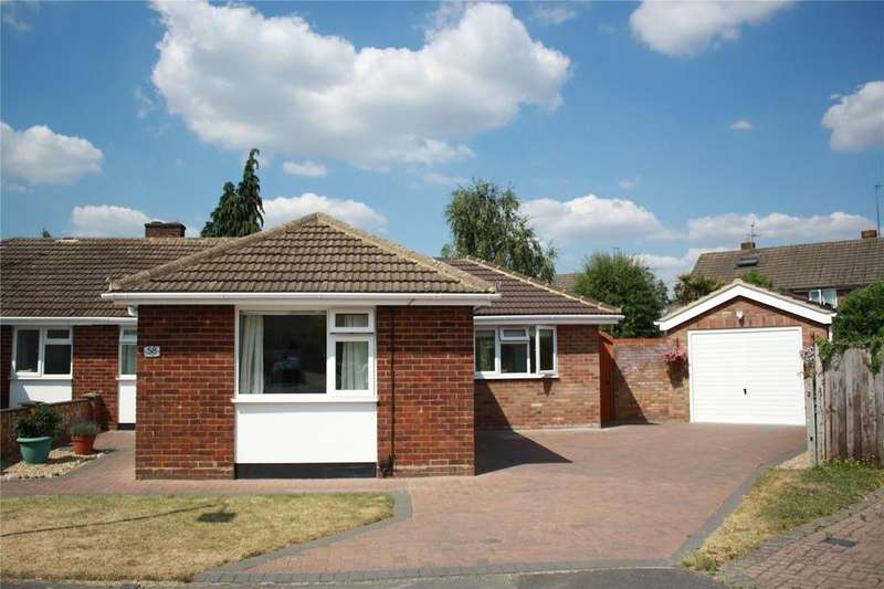 2 Bedrooms Semi Detached Bungalow for sale in Ravensbourne Drive, Woodley, Reading, Berkshire, RG5