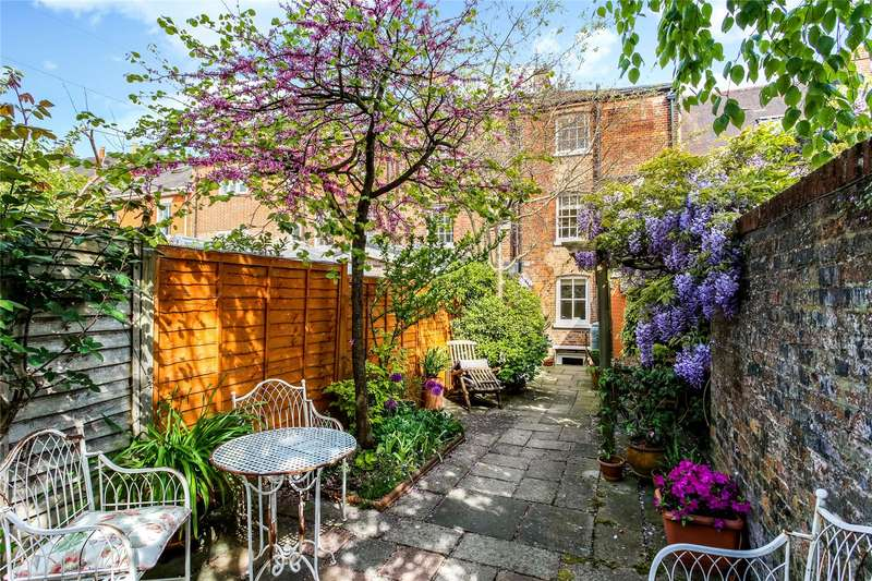 4 Bedrooms Mews House for sale in St. Cross Road, Winchester, Hampshire, SO23