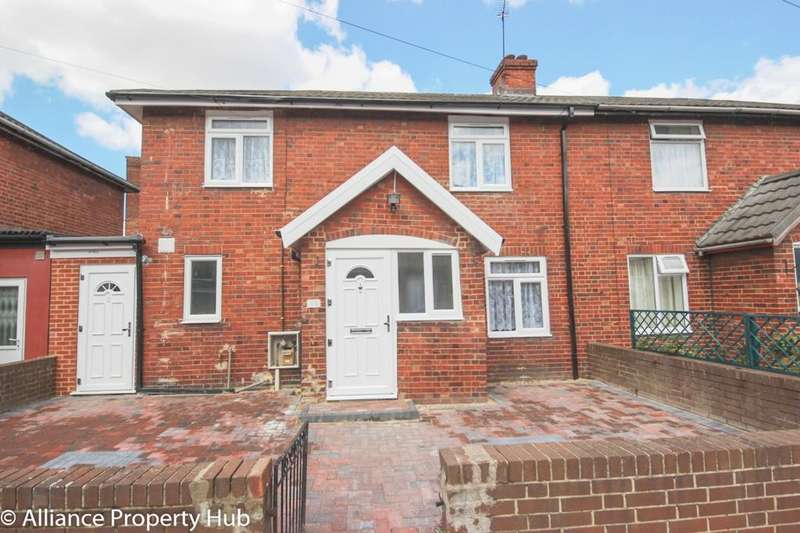3 Bedrooms House for sale in Ladysmith Road, London, E16