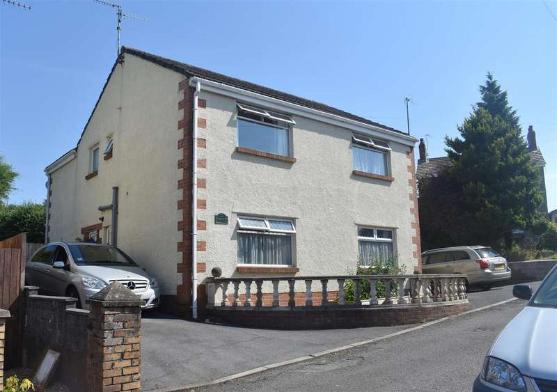 4 Bedrooms Detached House for sale in Nicholas Road, Glais