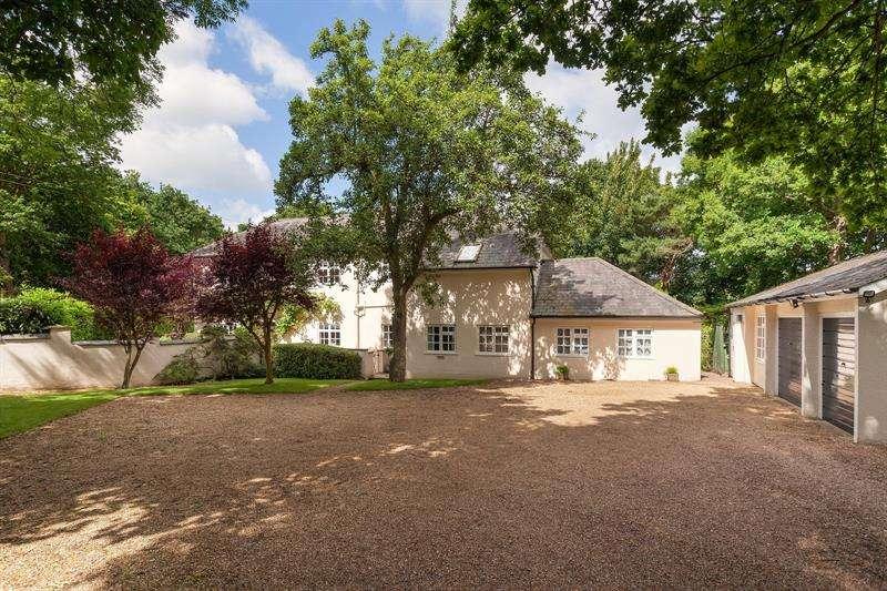 6 Bedrooms Detached House for sale in Brook Avenue Warsash