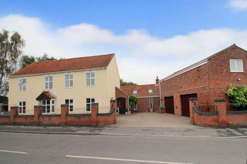 5 Bedrooms Detached House for sale in Old Catton. Norwich