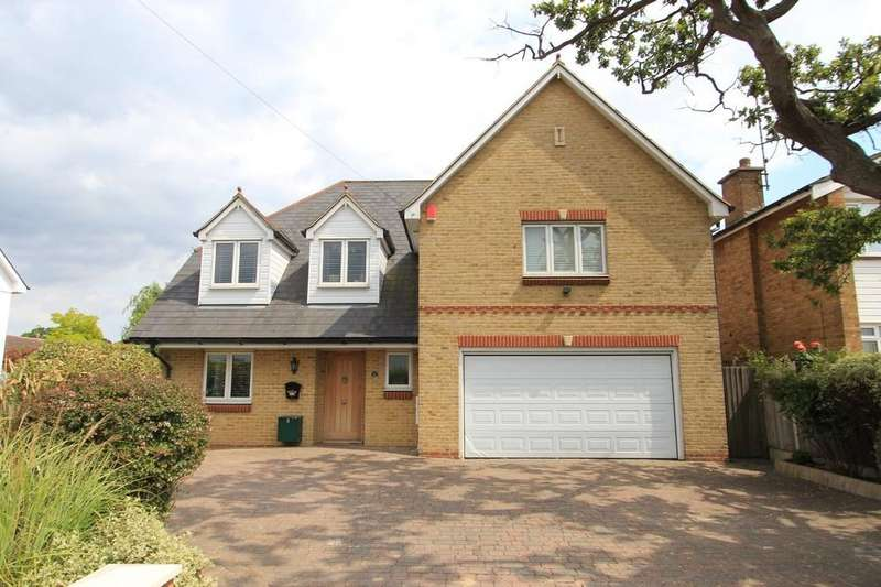4 Bedrooms Detached House for sale in Hullbridge Road, Rayleigh