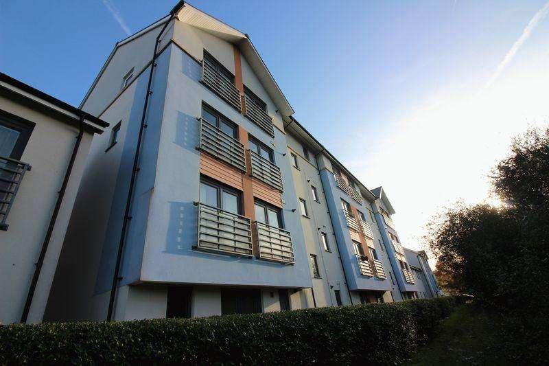 2 Bedrooms Apartment Flat for sale in Guillemot Road, Portishead