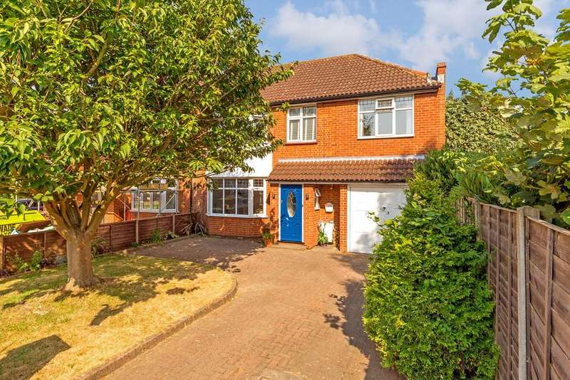 4 Bedrooms Semi Detached House for sale in Old Hale Way, Hitchin, SG5
