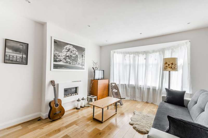 3 Bedrooms Terraced House for sale in Chalfont Way, Ealing, W13
