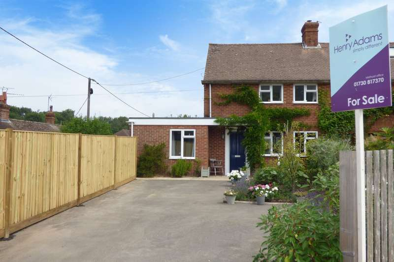 3 Bedrooms Semi Detached House for sale in Mill Lane, Trotton, Petersfield, GU31
