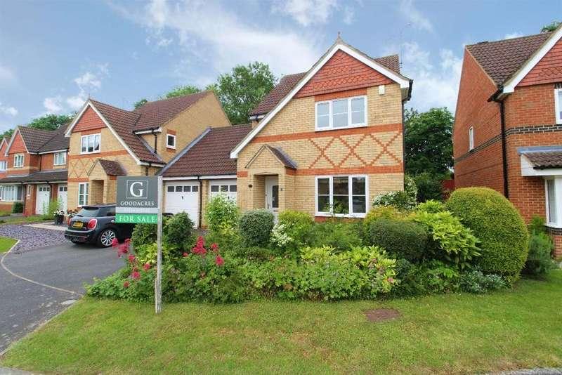 3 Bedrooms Link Detached House for sale in Deep Spinney, Biddenham, MK40 4QJ