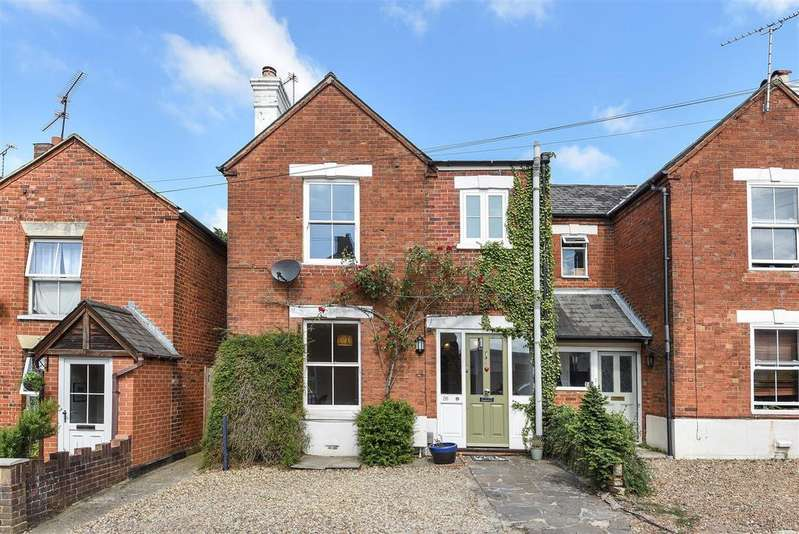3 Bedrooms Semi Detached House for sale in Mount Pleasant, Wokingham, Berkshire RG41 2YG