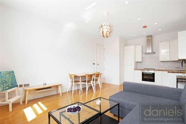 2 Bedrooms Flat for sale in Craven Park, Harlesden, London