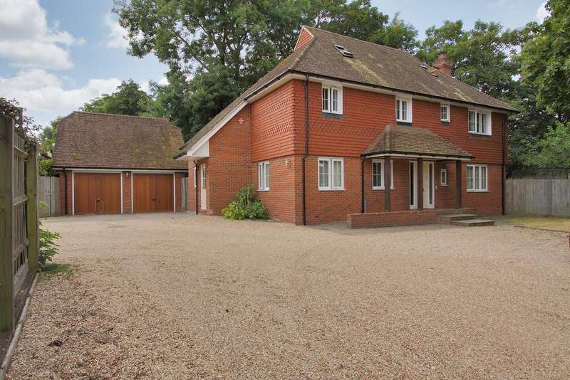 6 Bedrooms Detached House for sale in Wykeham place, Andover
