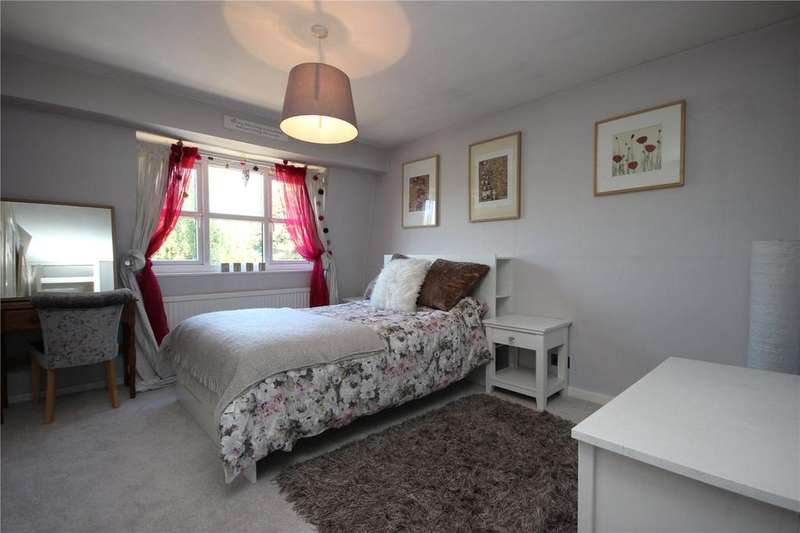 2 Bedrooms Semi Detached House for sale in The Sherrings, Patchway, Bristol, BS34