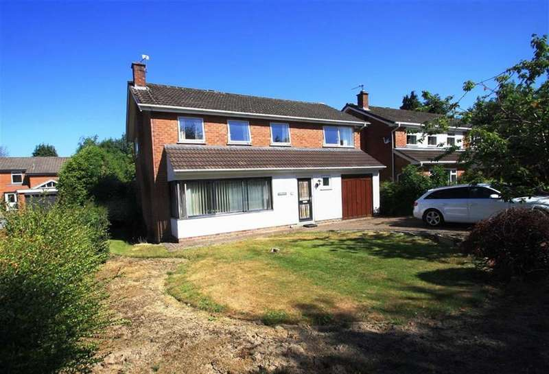 4 Bedrooms Detached House for sale in Woodlands Road, Handforth