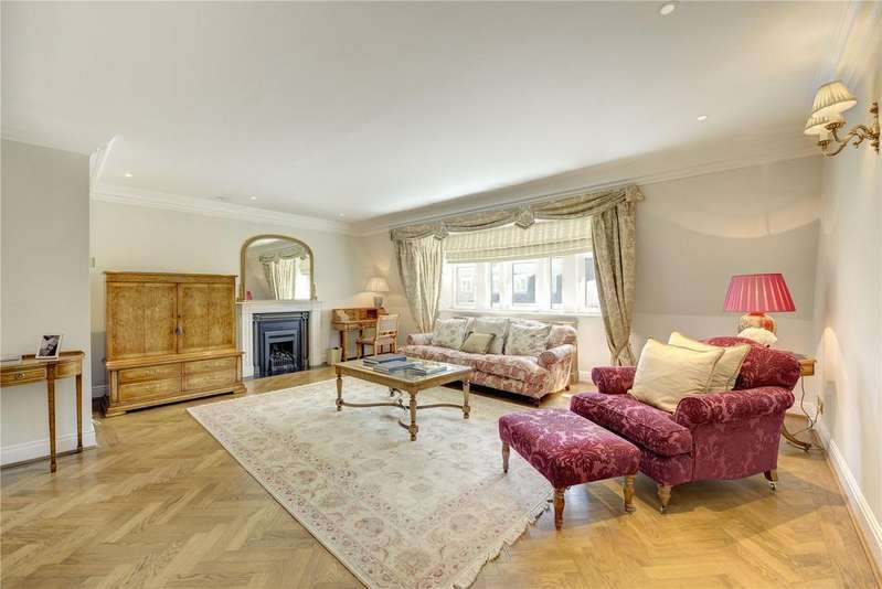 2 Bedrooms Penthouse Flat for sale in Pall Mall, St James's, London, SW1Y