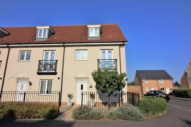 4 Bedrooms Property for sale in Fieldfare Avenue, Portishead