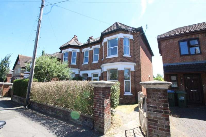 5 Bedrooms Semi Detached House for sale in Alma Road, Southampton, SO14
