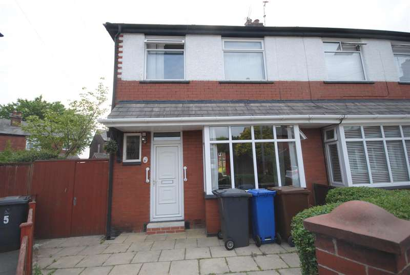 2 Bedrooms Semi Detached House for sale in Everest Place, Swinley, Wigan