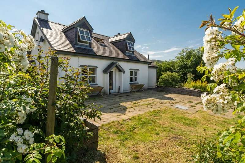 5 Bedrooms Detached House for sale in Mynydd Llandegai, Bangor, North Wales