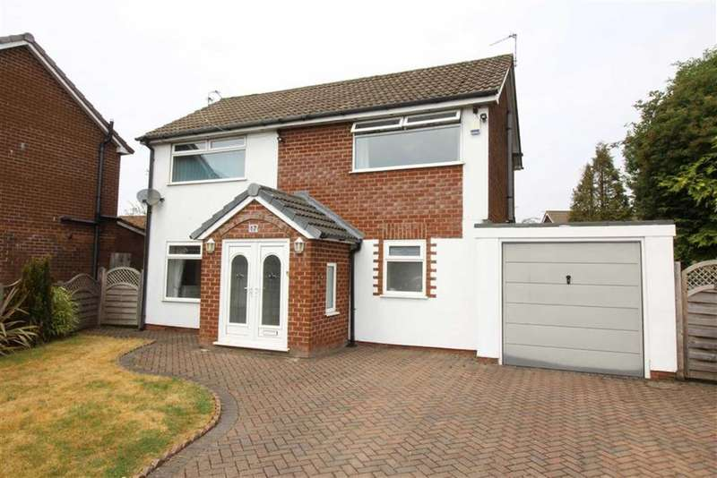 3 Bedrooms Detached House for sale in Evesham Close, Middleton, Manchester